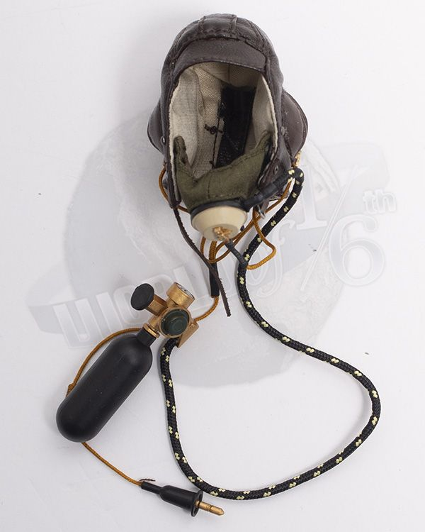 Alert Line WWII Royal Air Force Fighter Pilot: RAF B-Type Flying Helmet With Oxygen Mask