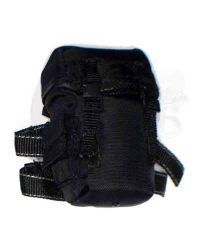 DamToys Navy Commanding Officer: Omega Gas Mask Pouch
