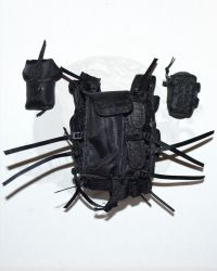 VeryHot Toys CQB Version 3.0:Tactical Multi-Pocketed Assault Vest With Two Extra Pouches (Black)