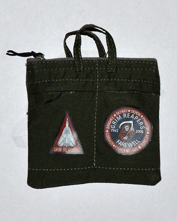 Very Hot Toys US Navy VF-101 Grim Reaper Pilot: Flight Bag With Patches & Grim Reaper Insignia